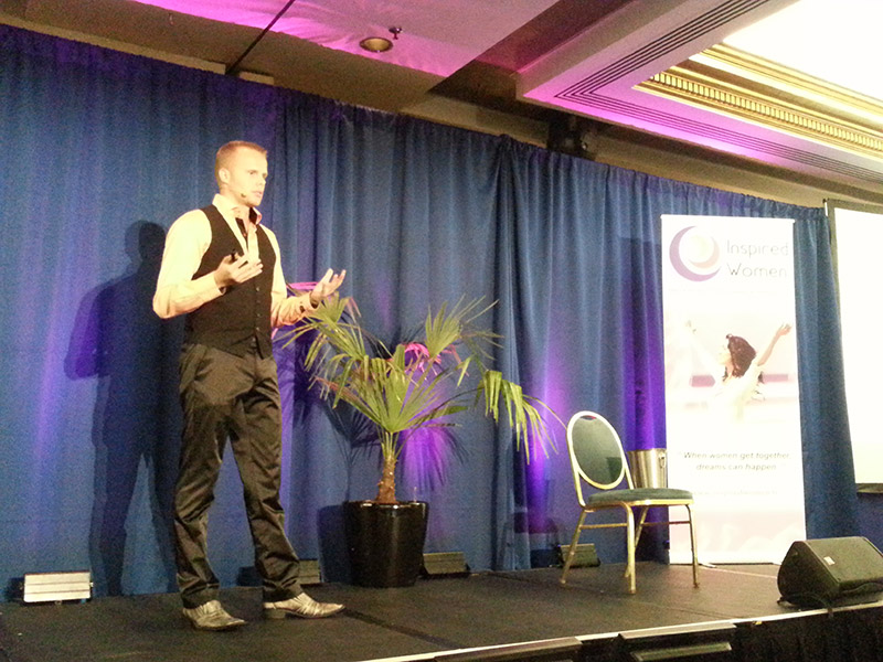 Gunnar_Kessler_on_stage_at_inspired_woman_congress_london